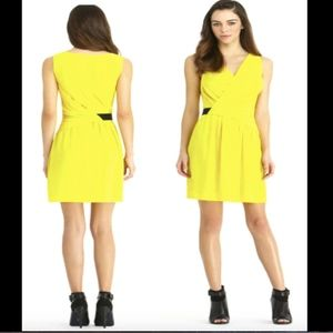 Rachel Roy CROSS-OVER DRESS DRESS YELLOW 8